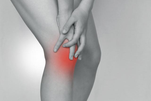 産後の膝痛の原因とは?